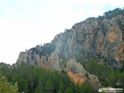 Valle Cabriel-Manchuela conquense;goriz club alpino madrileño cueva de los enebralejos valle del si